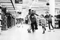through_the_supermarket_in_five_easy_steps_3